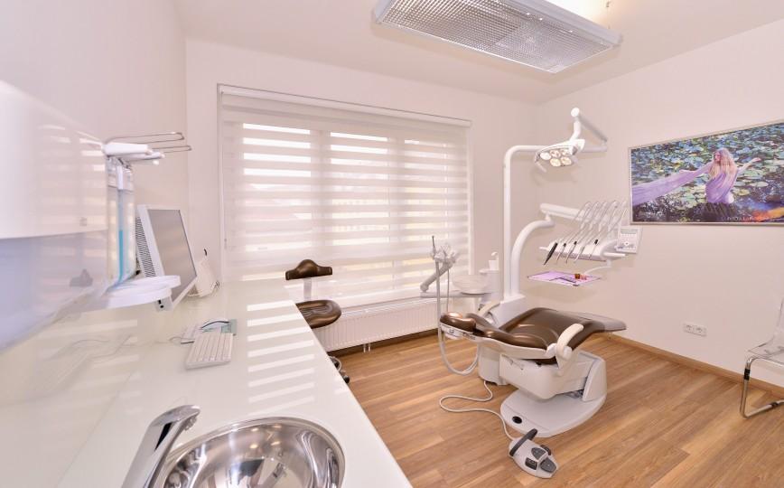 Zahnarzt Ordination DDr. Sabine Pfaffeneder-Mantai in Wr. Neustadt - Behandlungsraum Nr. 1 - 3